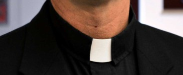 Clergy-collar-pic-1160x480